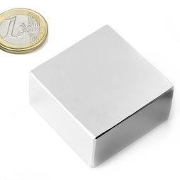 Q-40-40-20-N, Blokmagneet 40 x 40 x 20 mm, neodymium, N42, vernikkeld